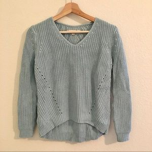 V-neck sweater | Tiffany blue